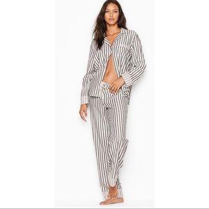 VICTORIA'S SECRET The Flannel PJ